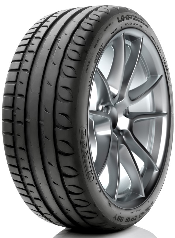 Летняя шина Kormoran Ultra High Performance 215/55 R17 98W